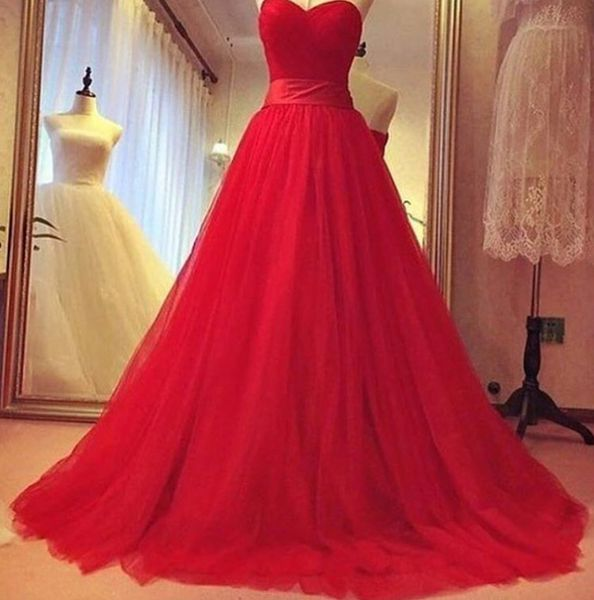 e130478e0ef Gorgeous Red Sweetheart Tulle Prom Gowns